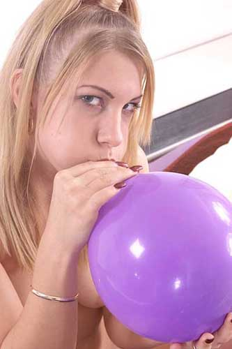 Everything, Fetish balloon smoke girl has come